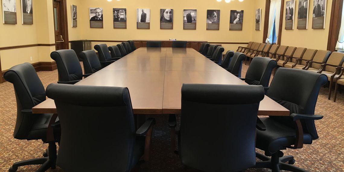 Conference room 316 2 f82dfa7b7bada2614f863f2fb5621741