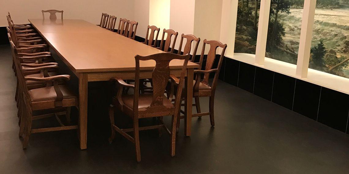 Gov dining 1 bca16dbc57471b91452bd8cf4cecc88f
